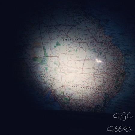 au dessus de nos têtes dans le van, il y a une grande carte de l'Australie ... ça fait rêver ^^