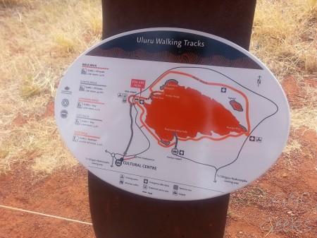 1-walk tour d'uluru