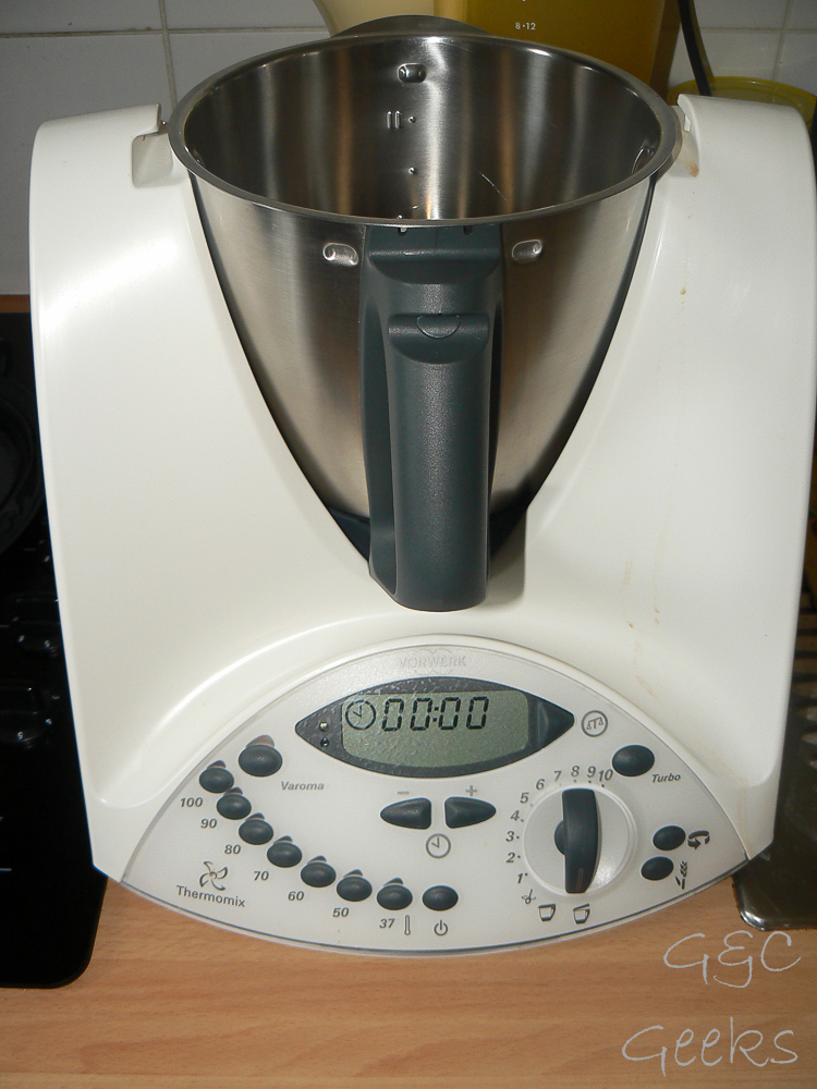 thermomix vorwerk prix neuf perfect thermomix tm vorwerk stop bonne occasion thermomix en bon. Black Bedroom Furniture Sets. Home Design Ideas