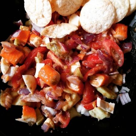 salade d'avocat surimi tomate oignon